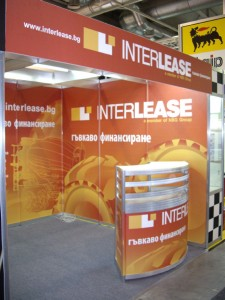 interlease-stand